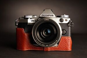 Genuine-real-Leather-Half-Camera-Case-bag-for-Olympus-OM-D-E-M5-II-M2-Brown