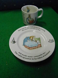 Great-Collectable-WEDGWOOD-Child-039-s-Mug-and-Plate-PETER-RABBIT-SALE