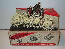 VINTAGE BRITAINS FARM No 9537 ACROBAT RAKE 1960s MIB 1/32 ENGLAND