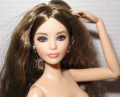 Barbie AA Fashionista Doll Blonde Streaked Hair Jointed