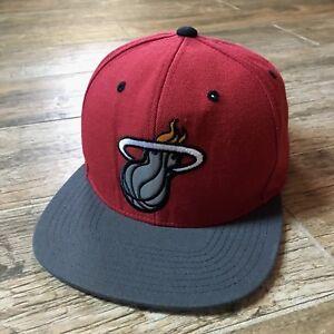 best sneakers 7c24b fef5c Image is loading Mitchell-amp-Ness-NBA-Miami-Heat-Snapback-Cap-