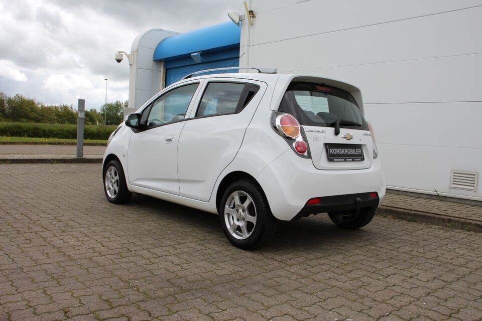 Chevrolet Spark 1,0 LS Benzin modelår 2012 km 127000 Hvid