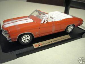 CHEVROLET-CHEVELLE-SS454-1971-cabriolet-au-1-18-d-MAISTO-31883-voiture-miniature