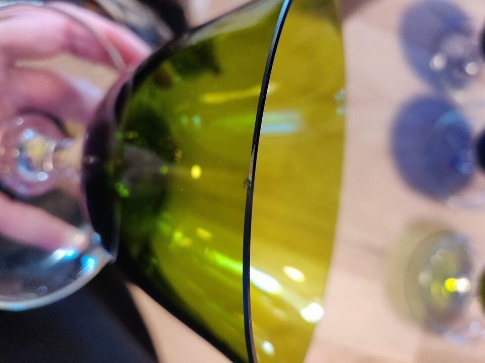 Glas, Isasietter