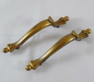 Pair-of-Vintage-Brass-Cabinet-Door-Handle-offset-Drawer-Pulls-Amerock