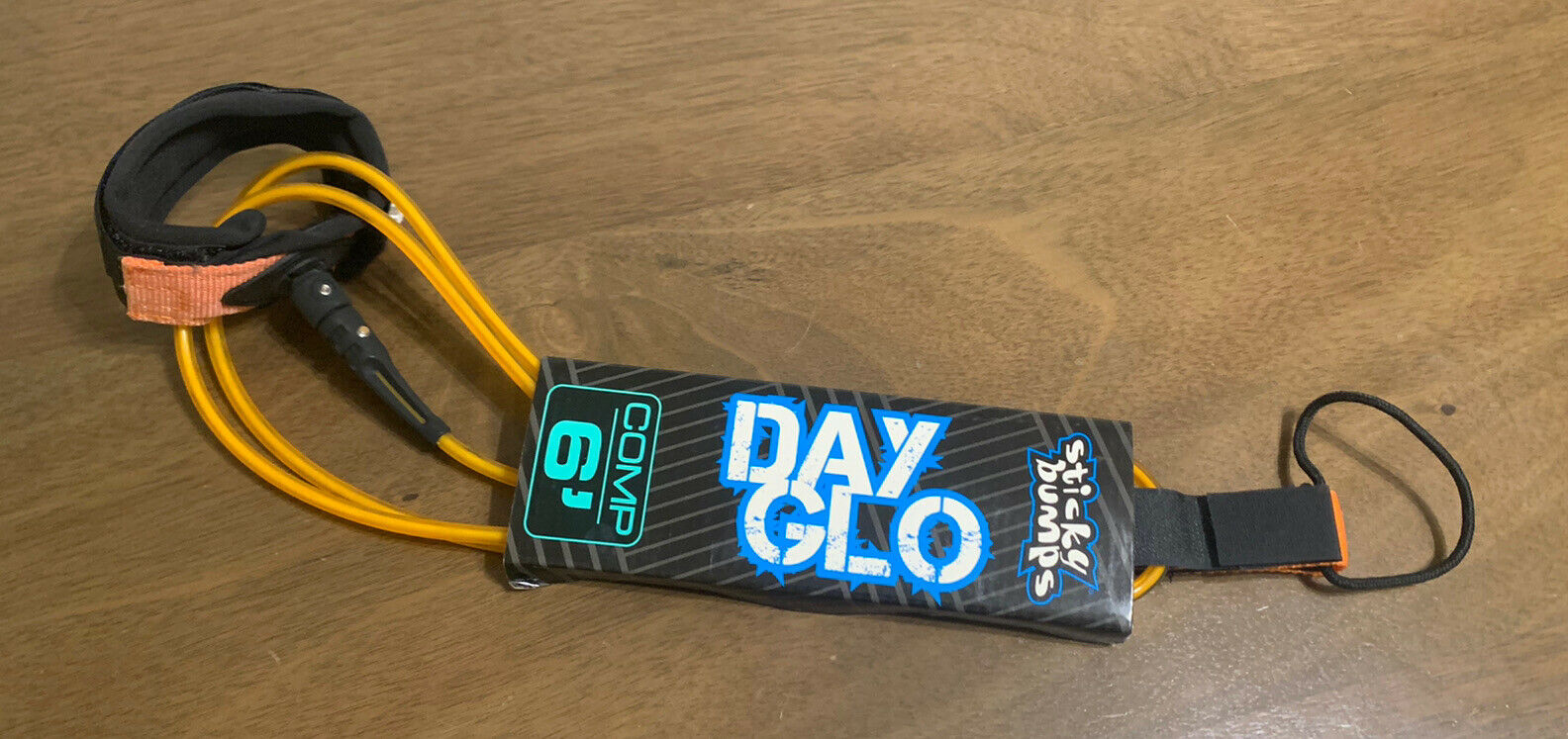 Pink Sticky Bumps Day-Glo Comp 6 Leash