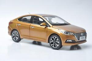Hyundai-Verna-car-model-in-scale-1-18-Orange