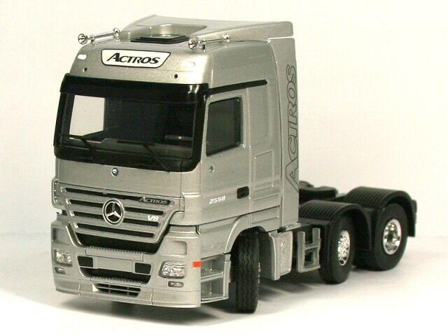 Raro MERCEDES ACTROS MP3 V8 2558 6x2 Unidad De argento 1 50 Tekno (Distribuidor Modelo)