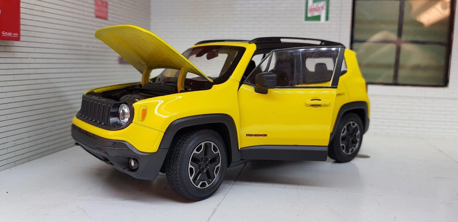 Jeep Renegade Tjärnväghawk 2015 24 skala Detaljerad tärningskast Welly modellllerler gul