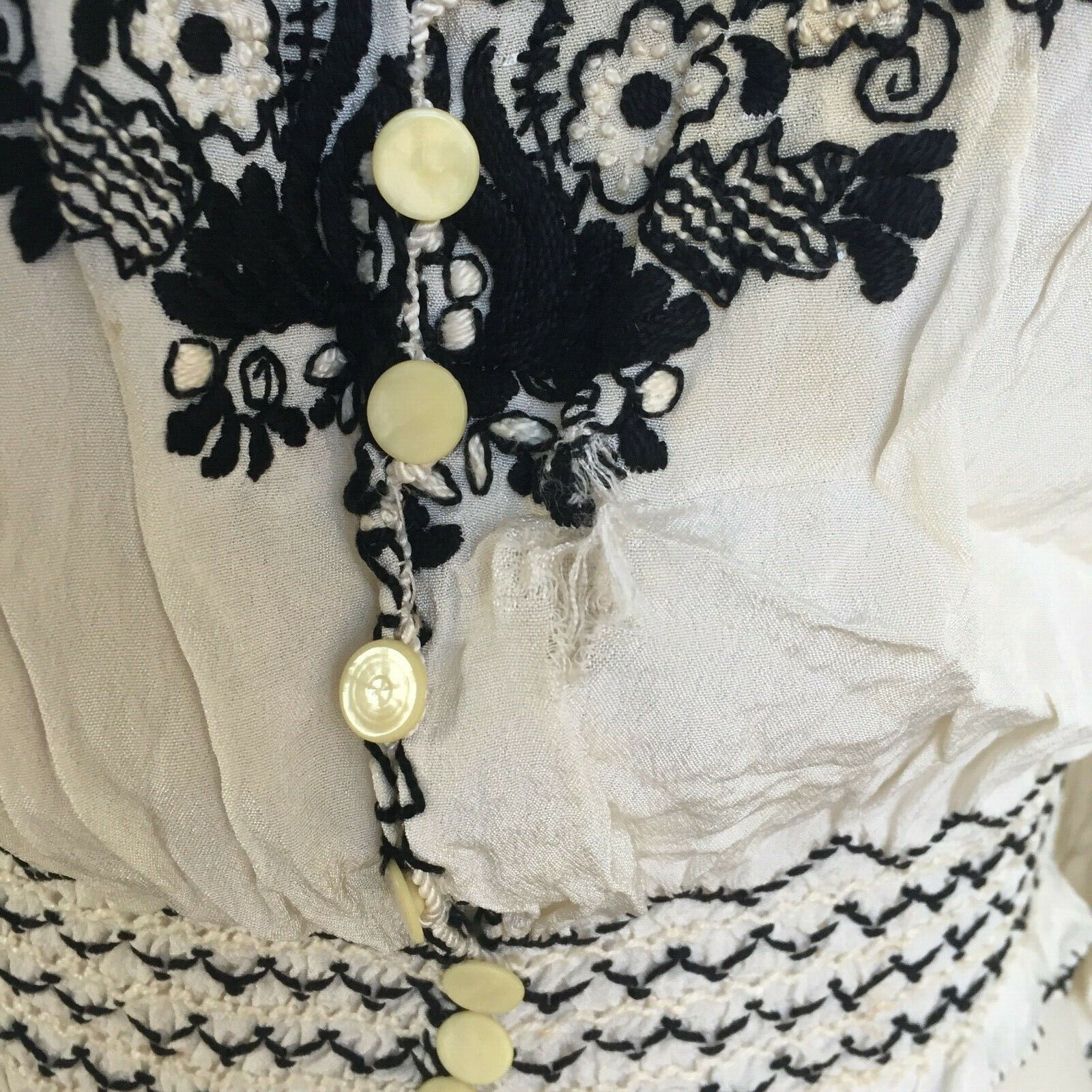 Vtg Hungarian Blouse S-M Embroidered Hand Made Fl… - image 9