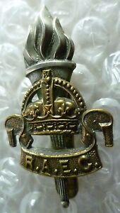 Badge-WW1-Royal-Army-Educational-Corps-Cap-Badge-RAEC-Badge-KC-Genuine