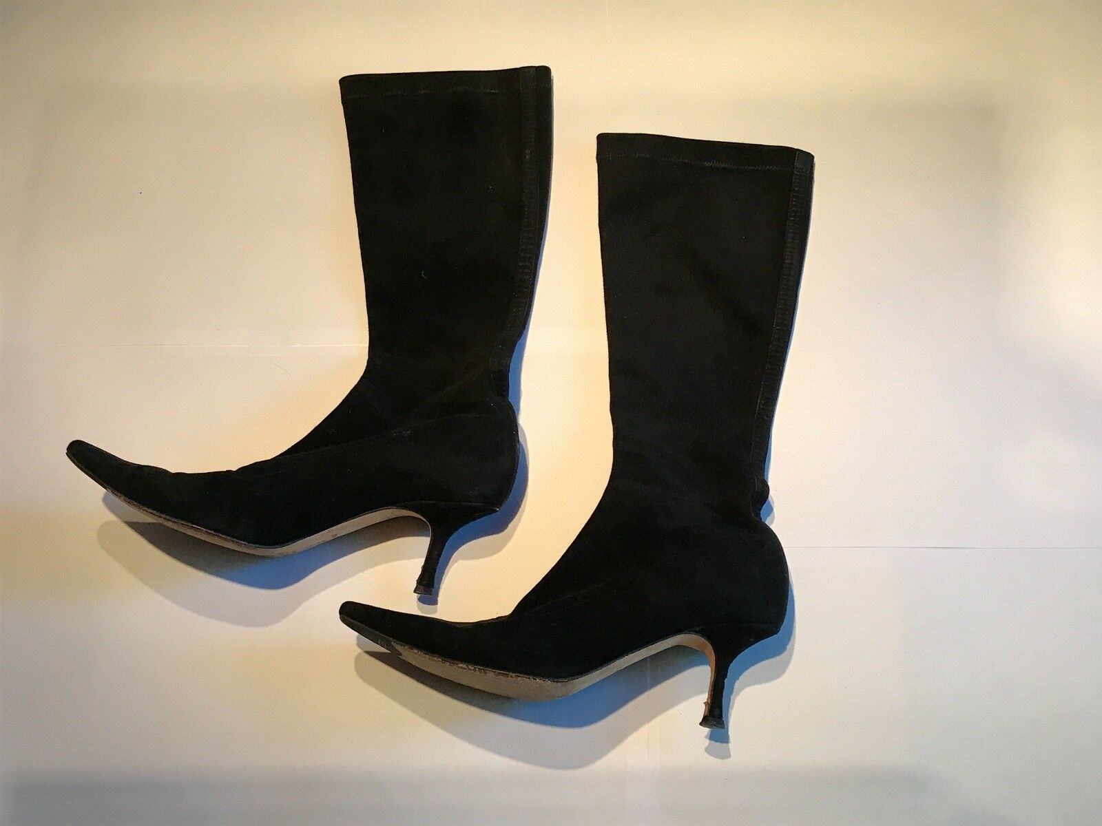 JIMMY CHOO BLACK BLACK BLACK SUEDE KNEE HIGH KITTEN HEEL POINTED TOE PULL ON BOOTS 37.5 7.5 000ce2