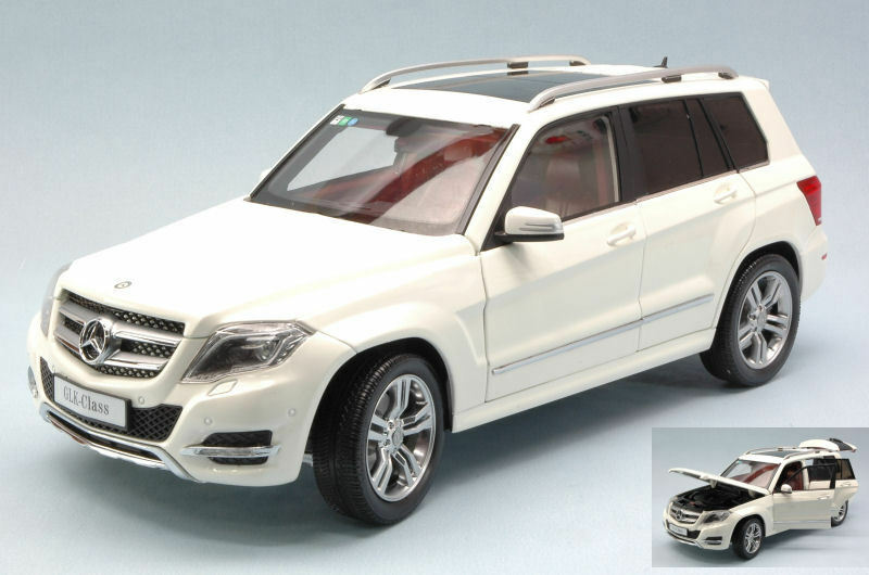 Mercedes Glk 300 4matic 2013 blanco Gt Edition 1 18 Model 11008W WELLY