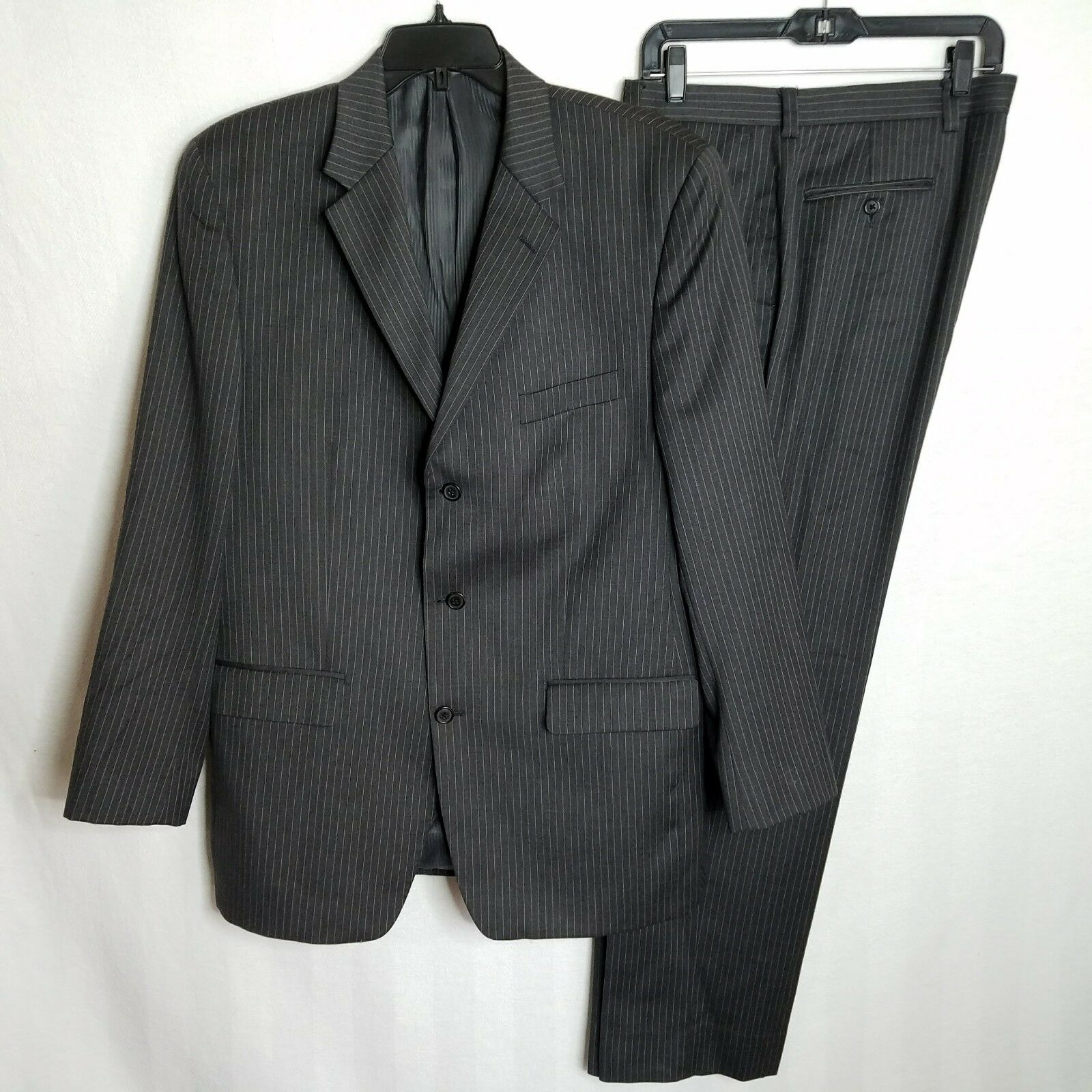 Apt 9 Mens Charcoal Grey Striped 2 Piece Suit Blazer & Pants Size 42L 36x32 CL01