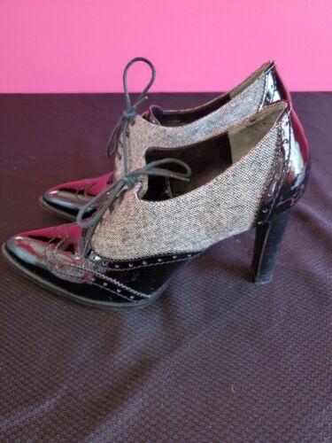 Marc Fisher - Lendya - Patent Leather Bootie - Siz