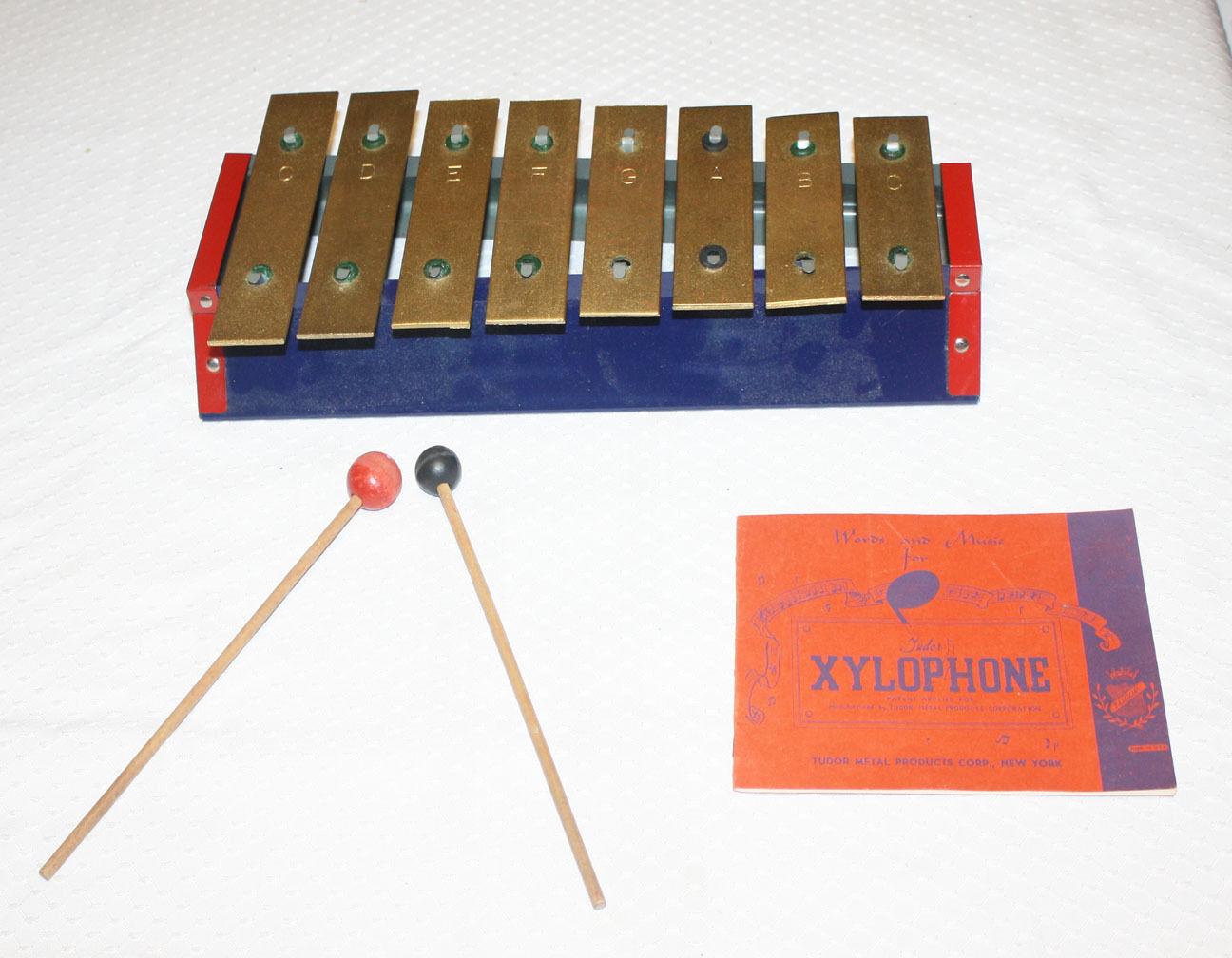 Vintage Tudor Tudor Tudor 8 Nota Xilófono Instrumento Con Caja Original  genuina alta calidad