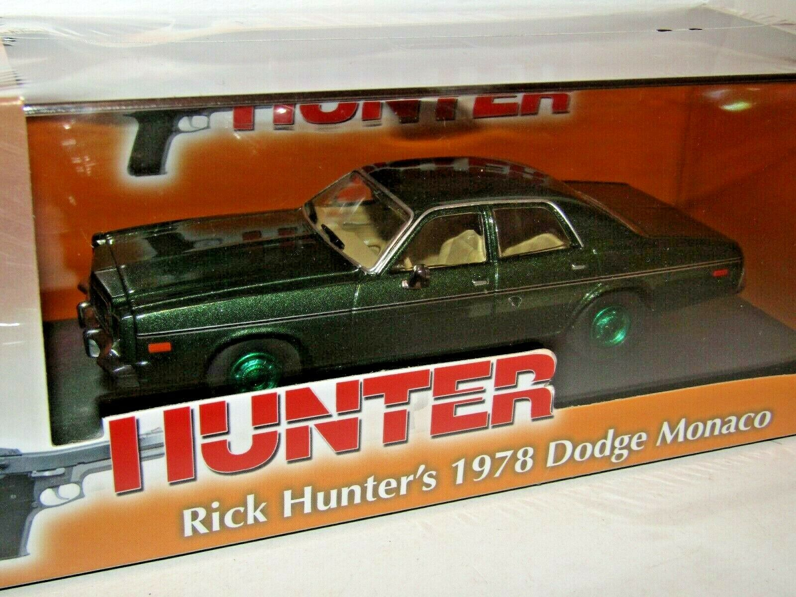 GREENLIGHT 1978 DODGE MONACO HUNTER 1 1 1 43 86537 CHASE GREEN WHEELS 1c3cf6