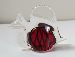 Art-Glass-Angel-Fish-Paperweight-Clear-with-Red-amp-Black