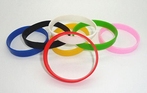 12 Farben Sport Silikon Gummi Armband Gummi Armband Männer Und Frauen Gut MW