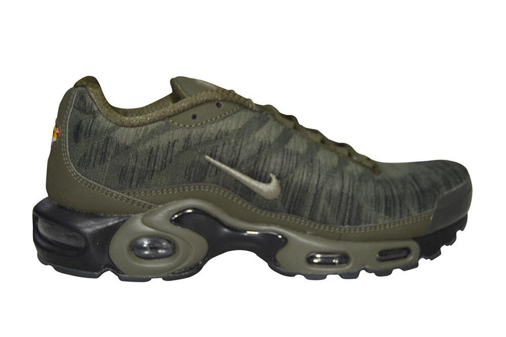 Hommes Nike Air Max Plus Jcrd - 845006 300 - Kaki Baskets Noires