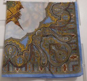 TERRIART-Mont-St-Michel-Paisley-Scene-with-Building-30-034-Sq-Scarf-Vintage