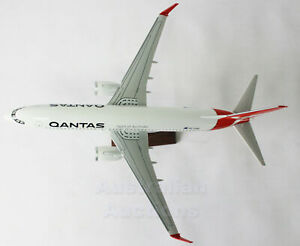 QANTAS-737-LARGE-Plane-Model-737-47cm-1-162-Solid-Resin-not-Snap-Plastic-1kg