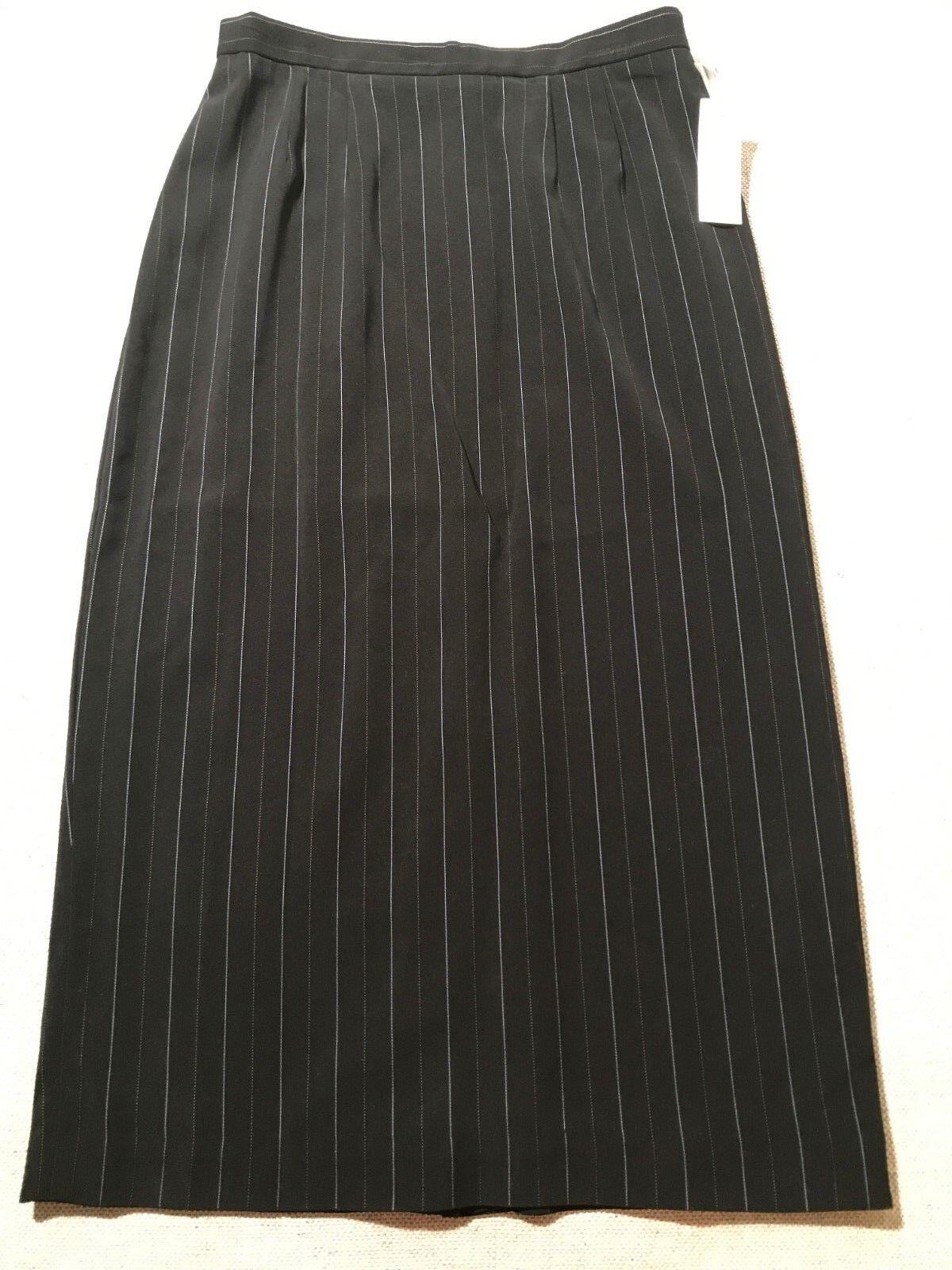 NEW Lily & Taylor Women's Pin Stripe 3 4 Straight Skirt Sz 12  C9