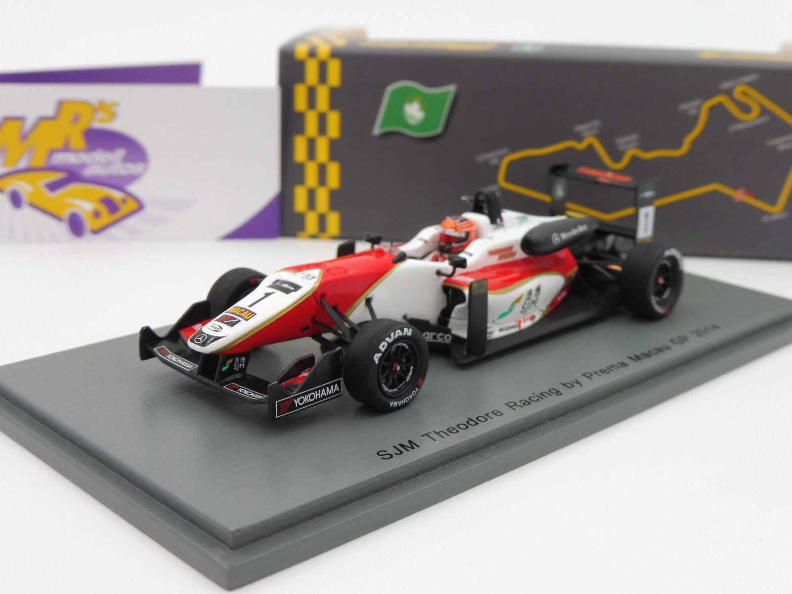 Spark SA156 Dallara F3 No. 1 FIA F3 Macau GP 2014   Esteban Ocan   1 43 NEU