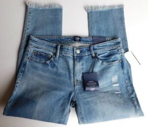 NWT-GAP-Women-039-s-Girlfriend-Mid-Rise-Denim-Jeans-Destructed-Size-6-MSRP-70-New