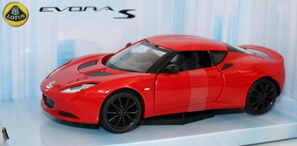 Mondo 1/24 Scale Diecast Model - Lotus Evora S - Red