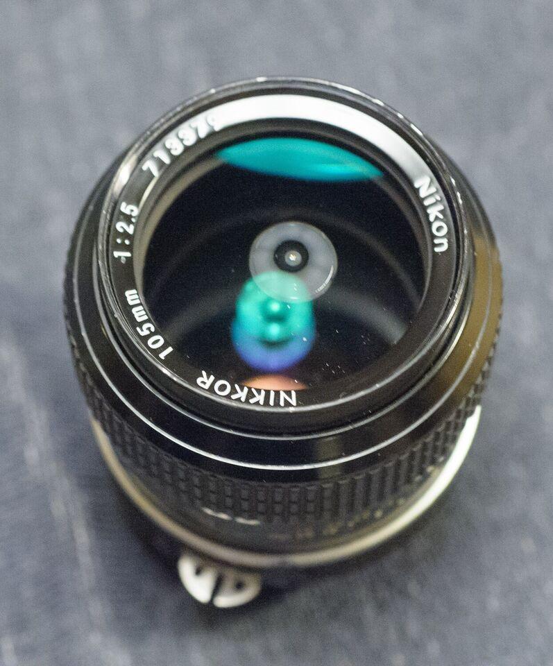 Teleobjektiv, Nikon, Nikkor 105mm 2.5