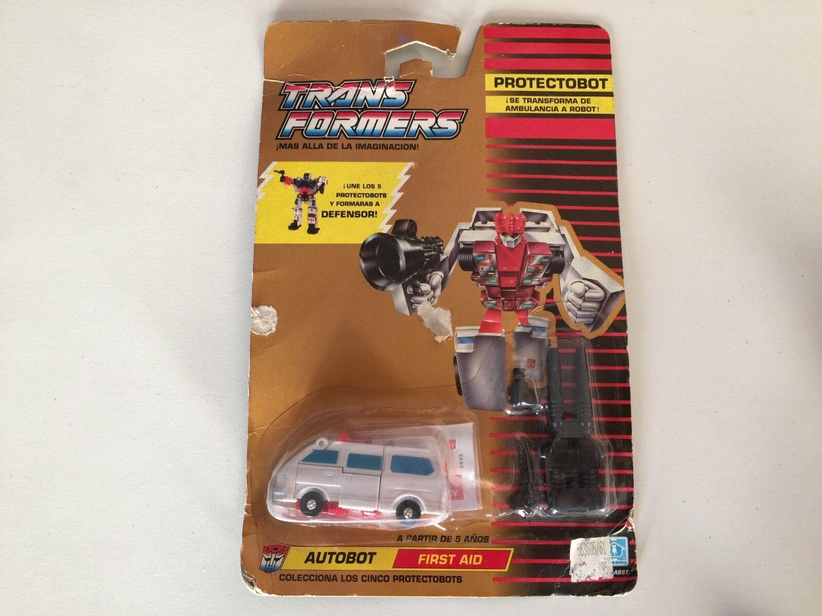 Transformers G1 1990 primeros auxilios en perfecto estado en Cochetón sellado defensor europeo MB spannish