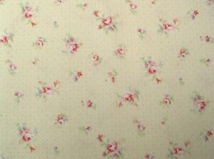 Cottage-Shabby-Chic-Lecien-Rococo-amp-Sweet-Small-Floral-31863L-10-Pearl-BTY