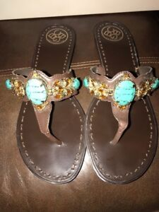 87ab6595fc86d BCBG Brown Ebony Jeweled Flip Flop T-Strap Thong Sandals 8.5M EUC ...