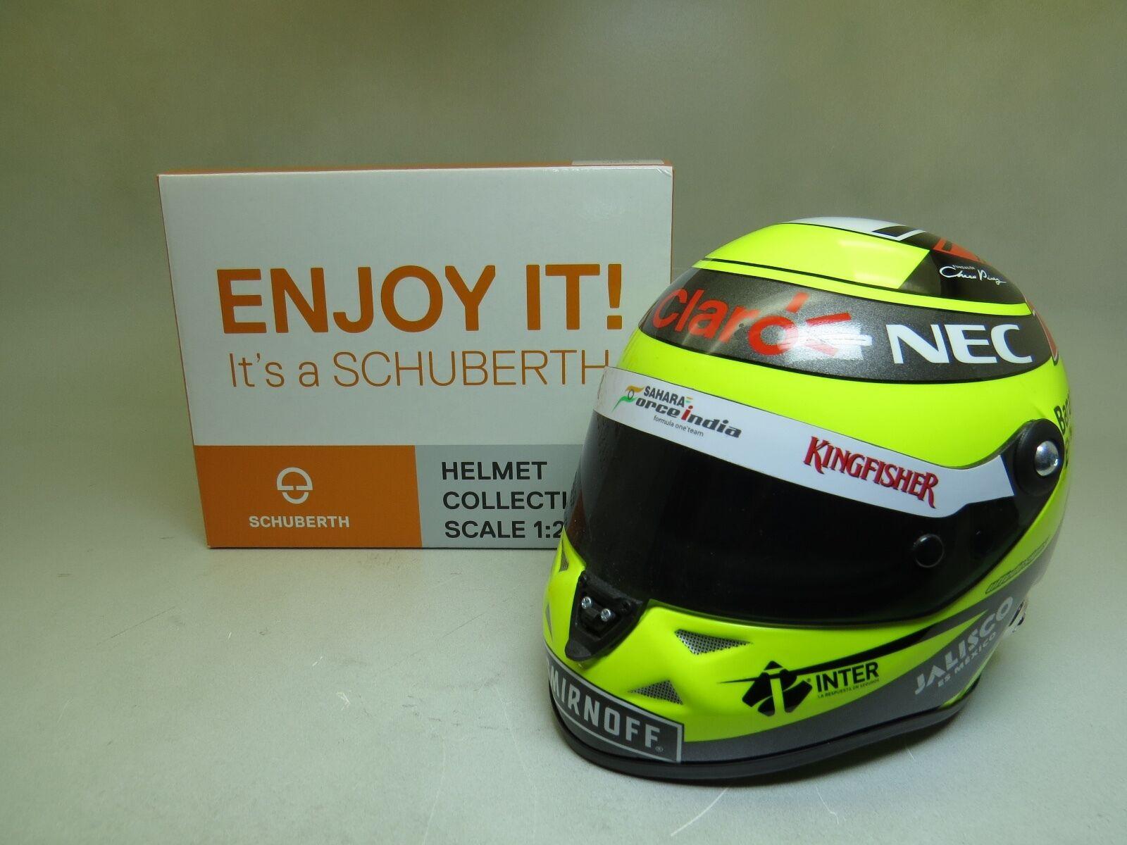 Sergio Perez Force India VJM09 Formel 1 2016 Helm 1 2 Schuberth
