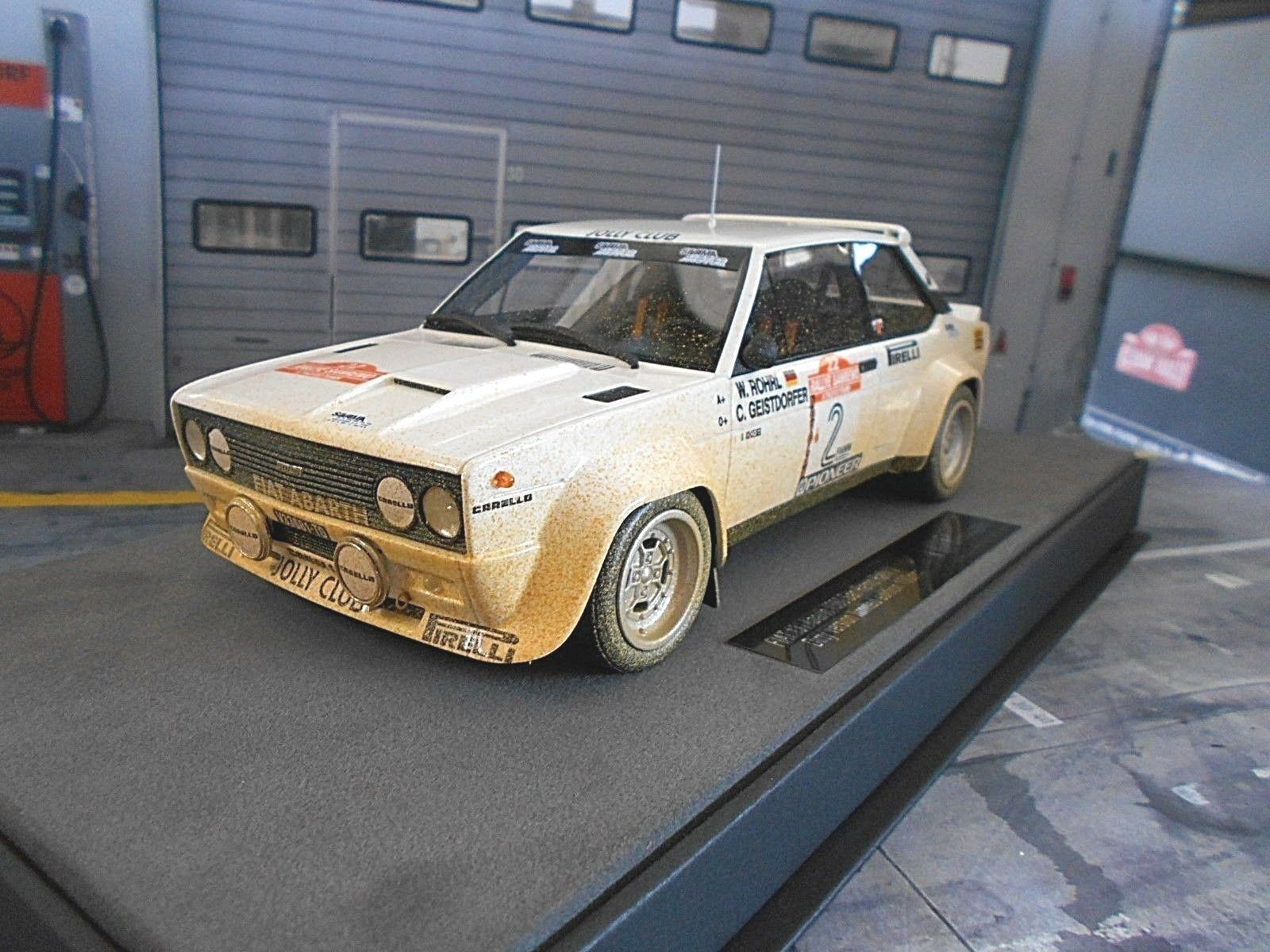 FIAT 131 Abarth Rallye San Remo 1980 Winner Röhrl DIRTY Ver Top Marques 1 18