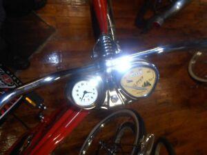 Stewart-Warner-bicycle-speedometer-amp-CLOCK-console-metal-USA-for-26-034-bicycle
