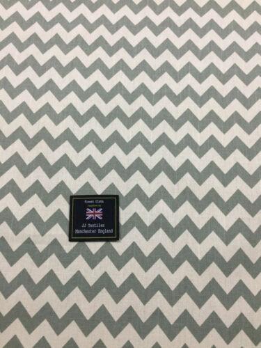 Marfil y verde Chevron Impreso 100/% algodón canvas fabric. Aspecto Lino Algodón