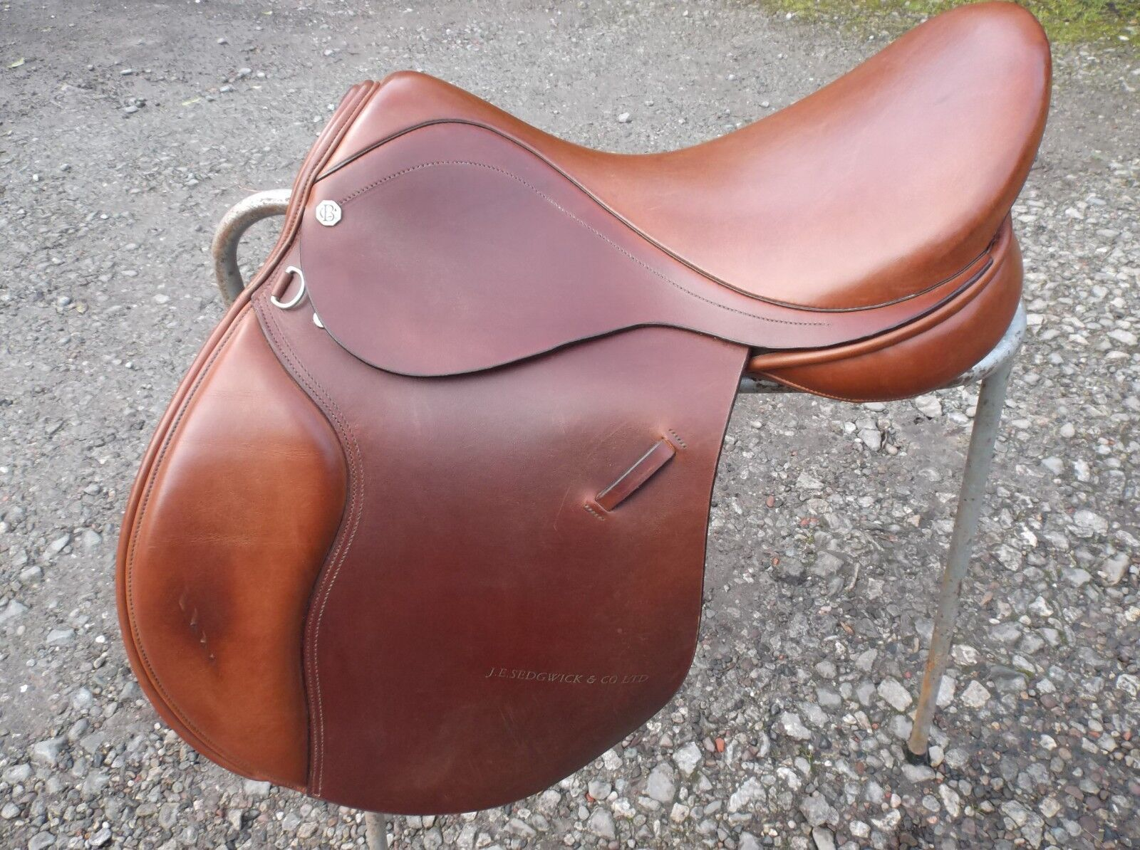 Equestrian GeneraI Purpose Leather Saddle 18 inch Cliff Barnsby FREE DELIVERY.