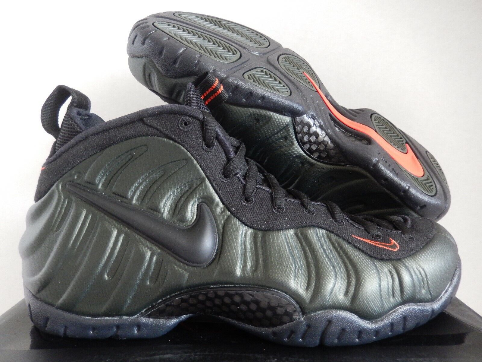 NIKE AIR FOAMPOSITE PRO SEQUOIA GREEN-BLACK-TEAM orange SZ 10.5 [624041-304]