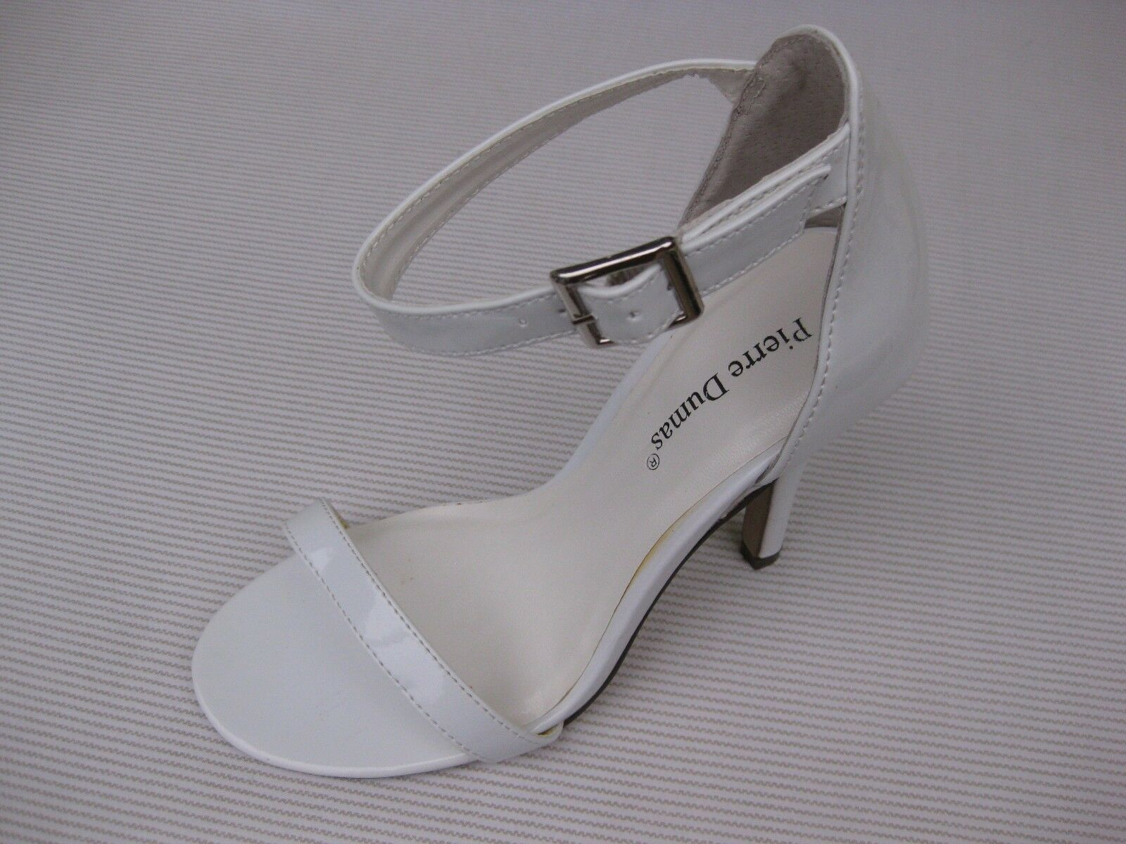 Pierre Ankle Dumas Womens Shoes NEW $45 Margaret White Patent Ankle Pierre Strap Sandal 6.5 M 023dda