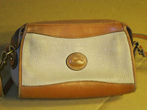 vtg-Dooney-amp-Bourke-All-Weather-Leather-Womens-Purse-Handbag