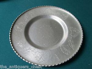Wrought-Farberware-Brooklyn-NY-Aluminum-platter-11-1-2-034-diam