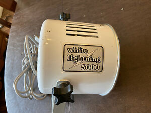 Paul C. Buff White Lightning BCPS 5,000 Studio Strobe Flash WL5000