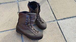 AKU - Pilgrim High Leg Boot UK10