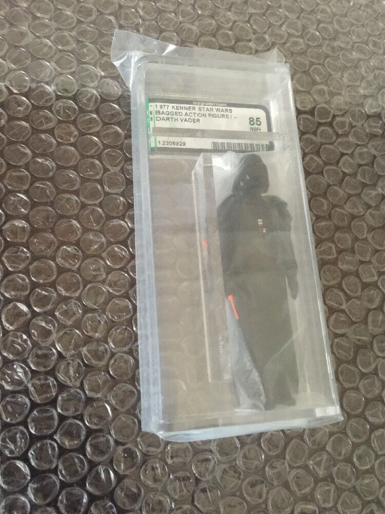 Vintage 1977 Kenner Star Wars Bagged Darth Vader AFA 85