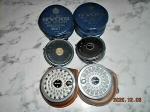 RYOBI-GILFIN-444-FLY-REELS-2-REELS-WITH-TWO-SPARE-SPOOLS-AND-CASES-MADE-JAPAN