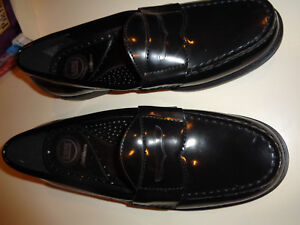e9676cb42f3 Croft Barrow Mens Patent Leather Black Penny Loafers 9.5M Hardly ...