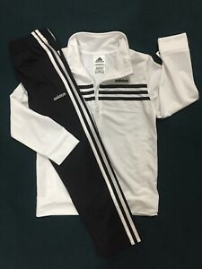 54 Nuevo Con Etiquetas Chicos Tamano 5 Adidas Pantalones Deportivos Chaqueta De Pista Traje Ninos Nuevo Juego De Lote Ebay