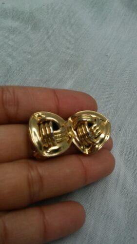 Stunning  vtg. Givenchy celtic knot  gold tone cli